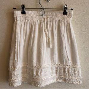 H&M White A-Line Mini Skirt with Lace and Fringe